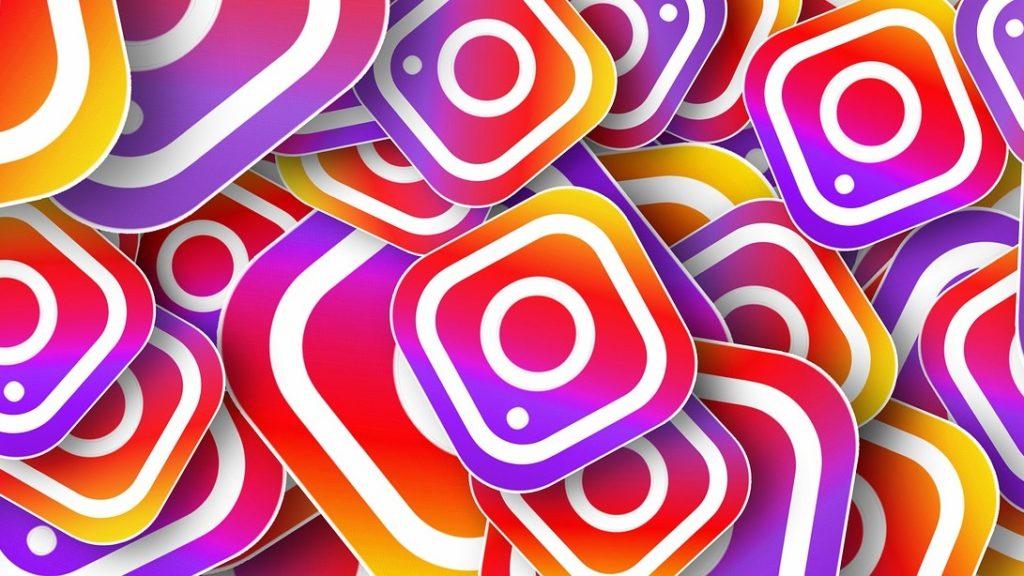 Kuvassa on instagram-logoja.