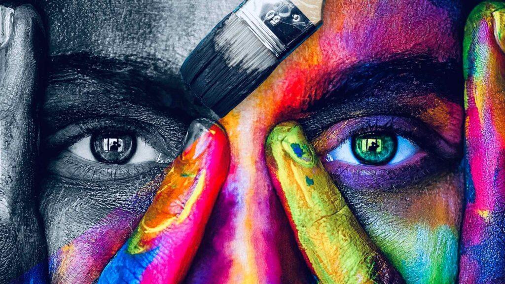 Kuvituskuva esa-foorumin tilaisuuteen. Kuvassa ihmisen silmät ja erilaisia värejä.